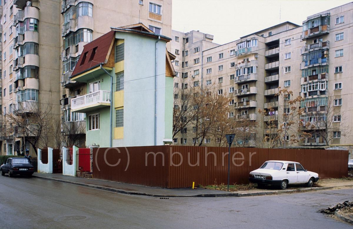 BuchCannibale200pxMark-24