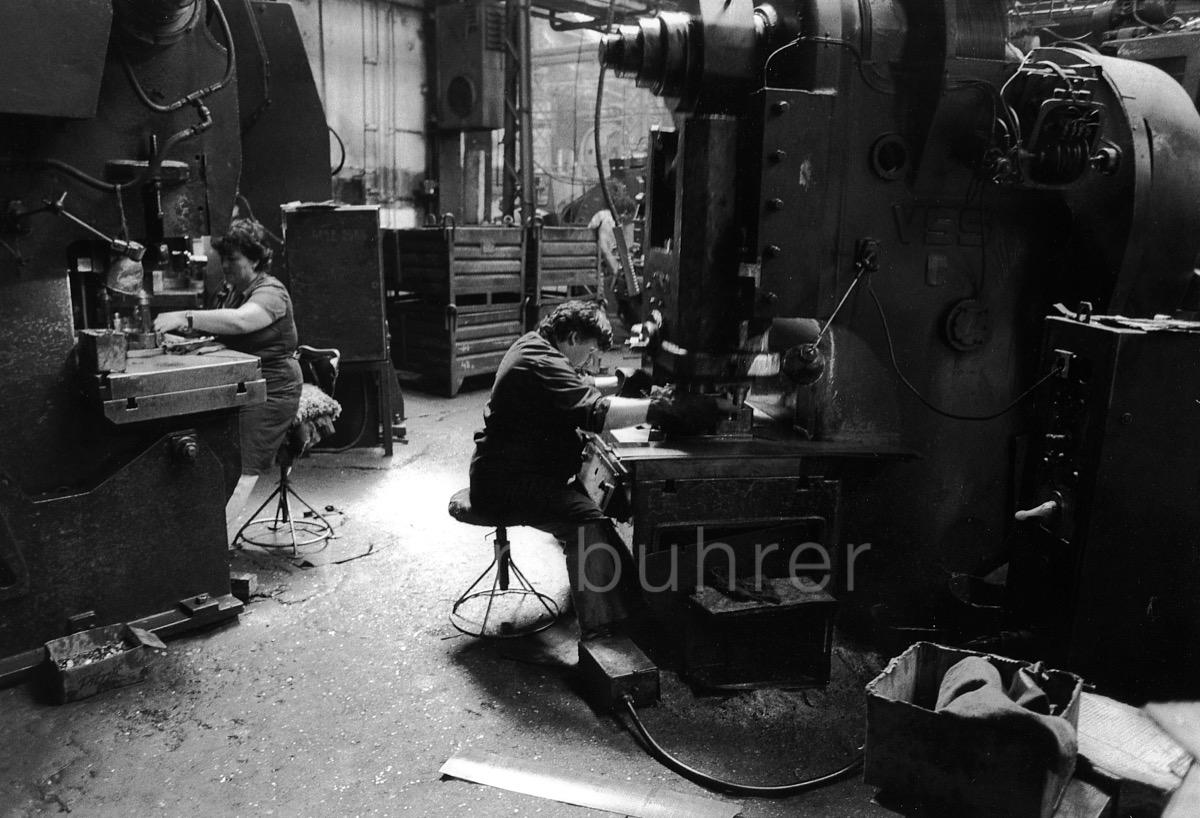 Usine de tracteurs Tractorul/Tractor factory Tractorul, Brasov, Romania,07.1997
